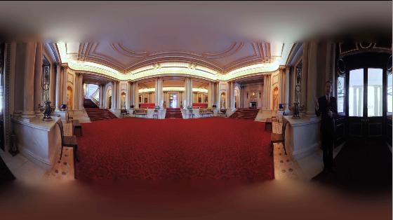 戴上VR走进白金汉宫