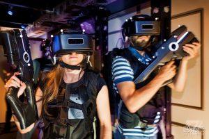 VR主题公园的前世今生 20年前迪斯尼玩剩下的?