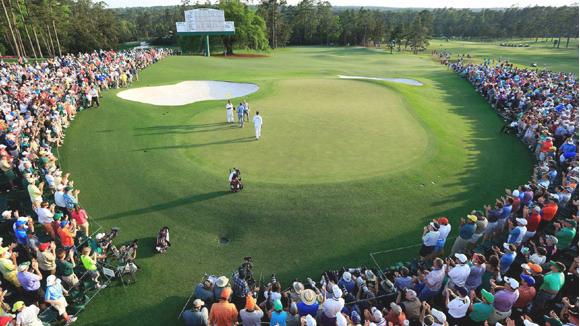 《高尔夫大师赛》将高尔夫球场搬回家了
