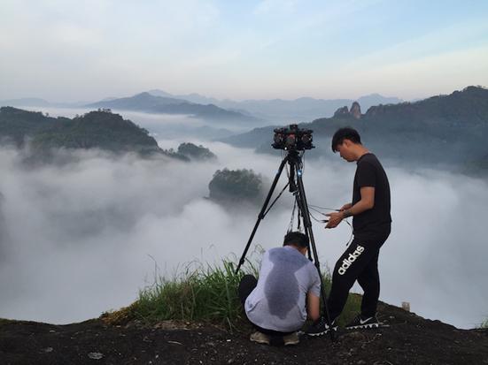 用VR呈现《本色中国》:专访微鲸VR导演向荣